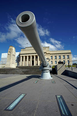 Historic Gun And Auckland War Memorial Print by David Wall