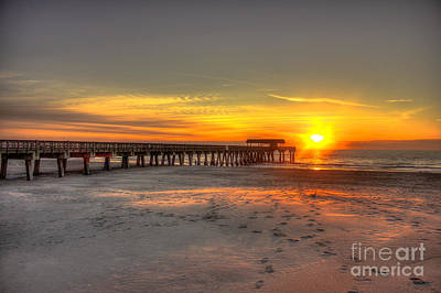 Photograph - Historic Tybee Island Sunrise by Reid Callaway