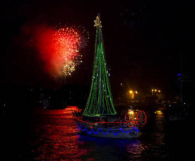 Photograph - Holiday Boat Parade by Arthur Dodd