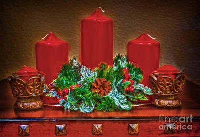 Photograph - Holiday Candles Fractal by Donna Greene