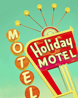 Photograph - Holiday Motel Sign by Gigi Ebert