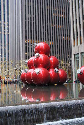 Photograph - Holiday Ornaments New York Style by Robert  Moss