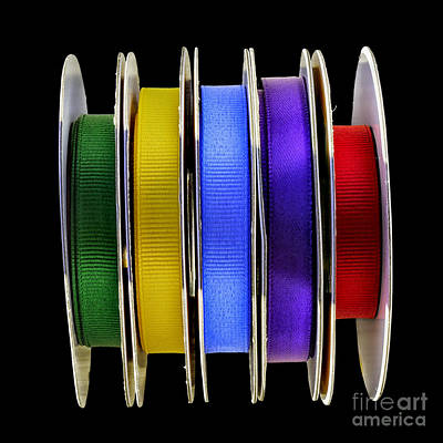 Photograph - Holiday Ribbons by Walt Foegelle