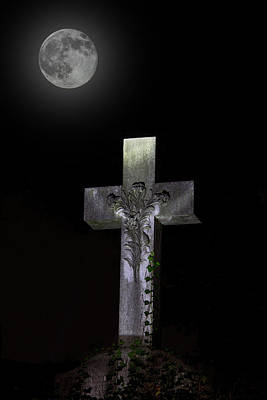 Final Resting Place Photograph - Hollywood Cemetery Full Moon by Jemmy Archer
