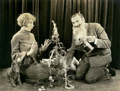 Photograph - Hollywood Christmas Tree Humor by Underwood Archives