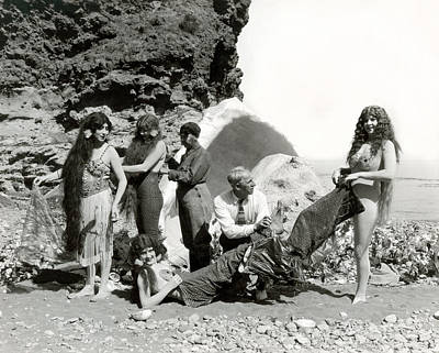 Of Mermaid Photograph - Hollywood Mermaids by Underwood Archives