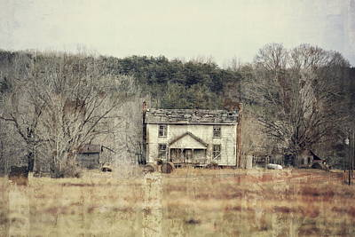 Photograph - Homestead Of Old by Emily Stauring