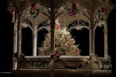 Photograph - Hometown Christmas by Jeannette Hunt