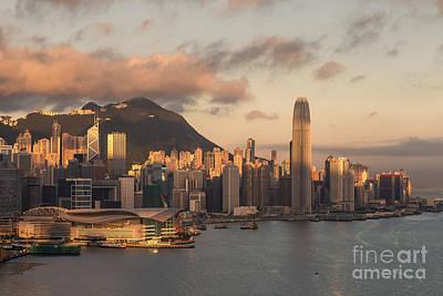 Wan Chai Photograph - Hong Kong 16 by Tom Uhlenberg