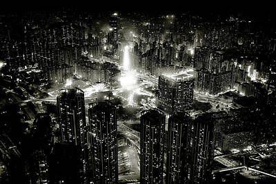 Hong Kong Wall Art - Photograph - Hong Kong Night by Kenichiro Hagiwara