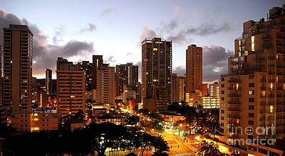 Photograph - Honolulu At Dawn by Elizabeth Winter