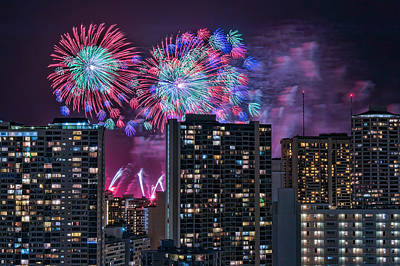 Photograph - Honolulu Festival Fireworks by Dan McManus