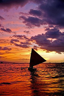 Images Of Ocean Canoes Photograph - Ho'olana - A Sailing Canoe On The Water At Sunset by Nature  Photographer