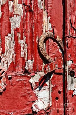 Rusty Door Photograph - Horseshoe Door Handle by Paul Ward