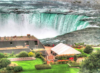 Photograph - Horseshoe Falls by Cindy Haggerty