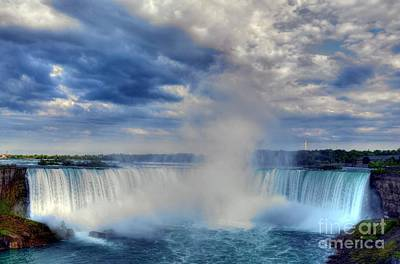 White River Scene Photograph - Horseshoe Falls by Mel Steinhauer