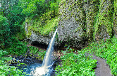 Photograph - Horsetail Falls by Thomas Hall