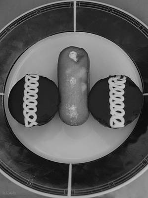 Twinkie Photograph - Hostess Twinkie And Cupcakes In Black And White by Rob Hans