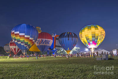 Photograph - Hot Air Balloon Ow 4 by David Haskett