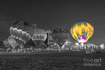 Photograph - Hot Air Balloon Ow Color by David Haskett II