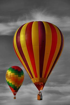 Photograph - Hot Air Ballooning by Dan Sproul
