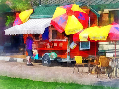 Photograph - Hot Dog Stand In Mall by Susan Savad