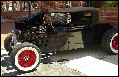 Photograph - Hot Rod Show by James C Thomas
