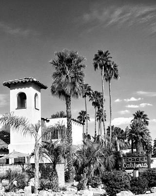 Hotel California Bw Palm Springs Art Print by William Dey