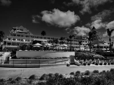 Photograph - Hotel Del Coronado 002 Bw by Lance Vaughn