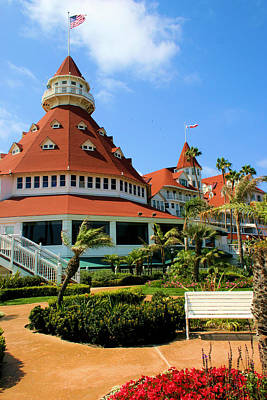 Photograph - Hotel Del Coronado Entry by Jane Girardot