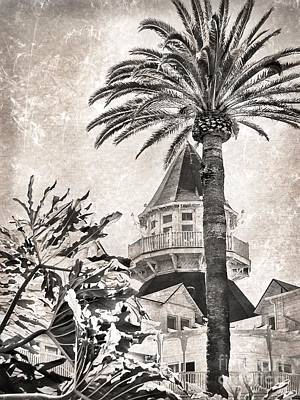 Digital Art - Hotel Del Coronado by Peggy Hughes