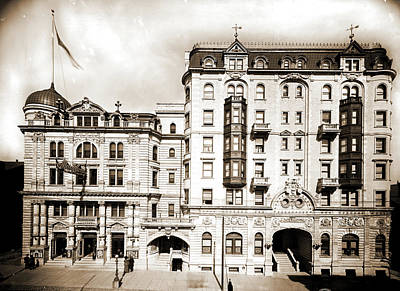 Hotel Kernan & Maryland Theatre, Baltimore Art Print