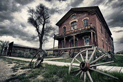 Photograph - Hotel Meade by Renee Sullivan