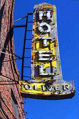 Photograph - Hotel Oliver by Kandy Hurley
