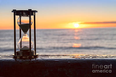 Hourglass Sunrise Art Print by Colin and Linda McKie
