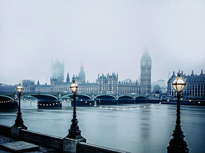 Photograph - House Of Parliament In Foggy Weather by Doug Armand