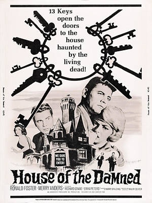 House Of The Damned, L-r Erika Peters Art Print by Everett