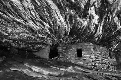 Photograph - House On Fire Ruin Utah Monochrome by Bob Christopher