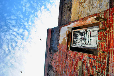 Photograph - House To The Sky by Emily Stauring