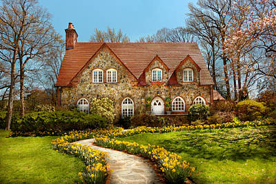 Frame House Photograph - House - Westfield Nj - The Estates  by Mike Savad
