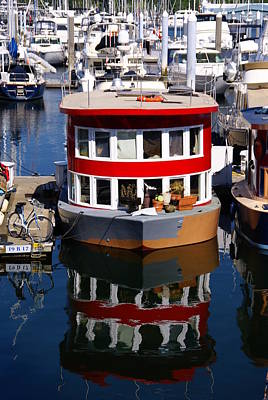 Photograph - Houseboat 1 by Robert Lozen