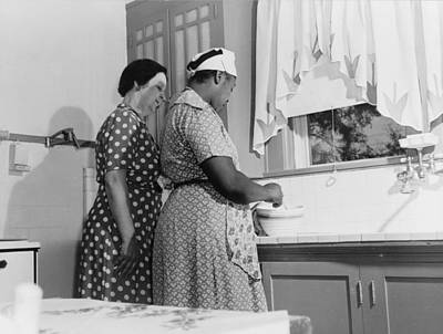 Vachon Photograph - Housewife And Maid, 1943 by Granger