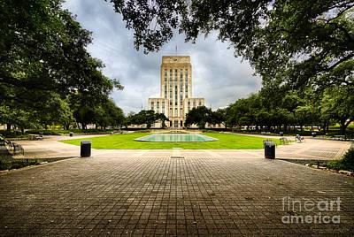 Houston City Hall On A Weekend Morning Art Print by Dee Zunker