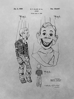 Old Tv Drawing - Howdy Doody Patent Drawing by Dan Sproul