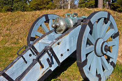 Photograph - Howitzer Cannon by Melinda Fawver