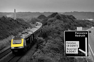 High Speed Photograph - Hst At Scorrier  by Rob Hawkins