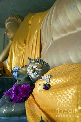 Sleeping Buddha Photograph - Hua Hin Reclining Buddha 02 by Antony McAulay