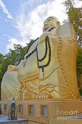 Huahin Photograph - Hua Hin Sitting Buddha 03 by Antony McAulay