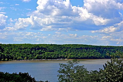 Photograph - Hudson River by Felix Zapata