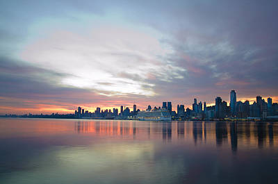 Hudson Photograph - Hudson River Sunrise Nyc by Bill Cannon